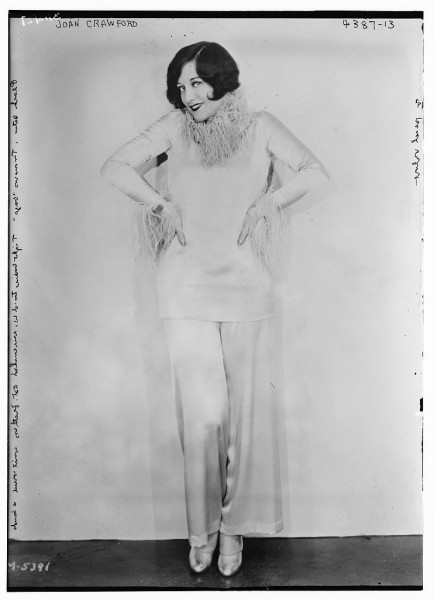 Joan Crawford, American movie star in twenties look; picture downloaded by the Library of Congress (USA), acquired from the Bain Collection