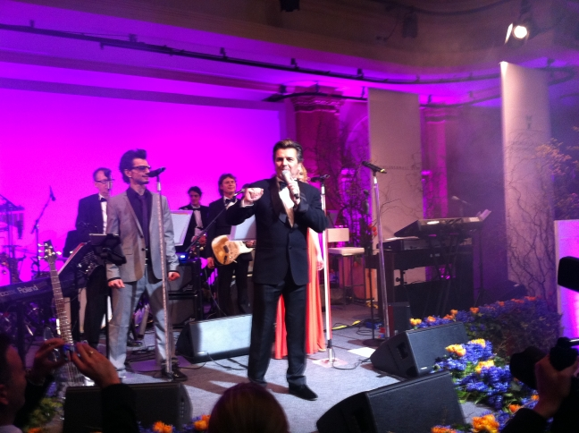 The Modern Talking singer, Thomas Anders, presented a fantastic one hour show for the ball guests.