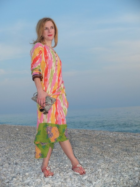Caftan by Lisa Corti, bangles by Sportmax, a present from my dear sister, embroidered cotton blend purse from the Bazaar in Istanbul